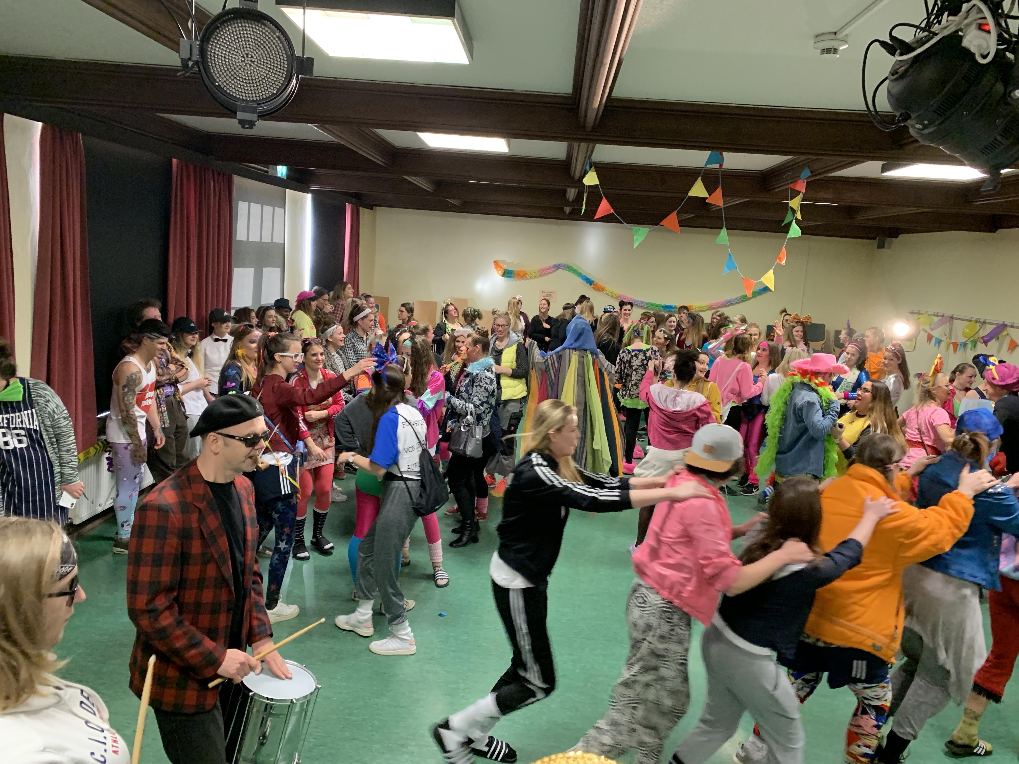 Der Elferrat übernimmt die Macht im Schulhaus