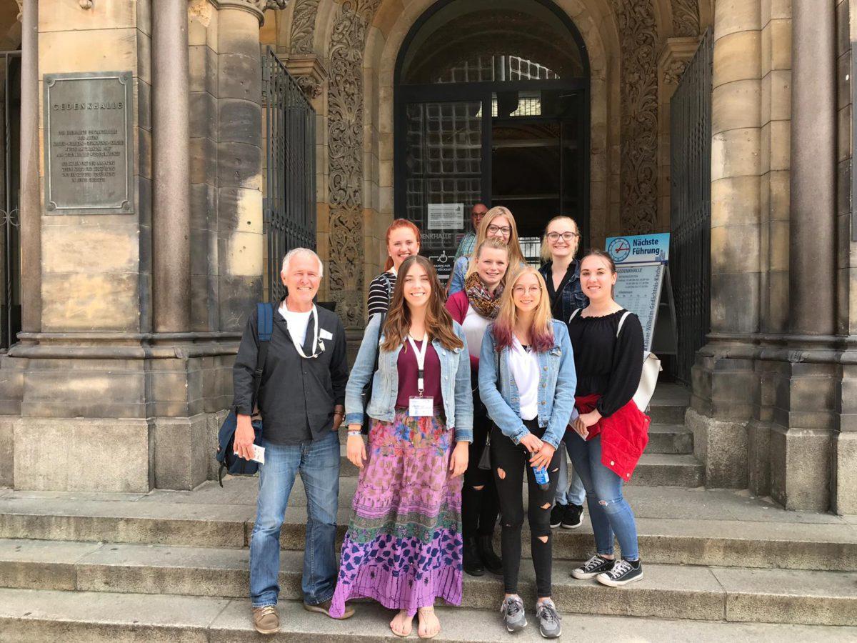Die Würde Des Menschen Ist Unantastbar – Ein Rückblick Auf Den Jugendkongress Berlin 2019